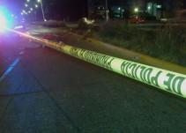 Fallece motociclista tras impactarse contra poste de luz