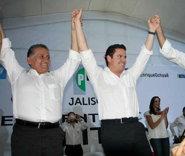 Gobernador ve a Zamora como candidato en Jalisco