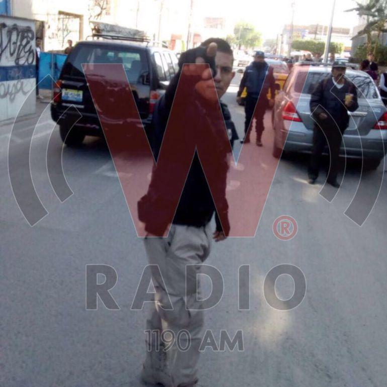 Seguridad del Palacio Federal golpea a reportero mientras realizaba su trabajo