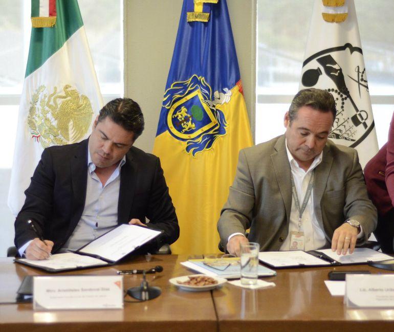 Disminuyen aulas provisionales en Jalisco
