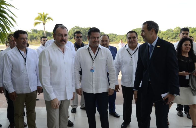 Hospital Regional de Puerto Vallarta presenta rezagos, reconoce ASD