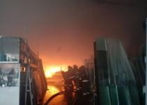 Se incendia vidriería en Guadalajara