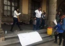Entregan calandrias eléctricas; calandrieros levantan huelga de hambre