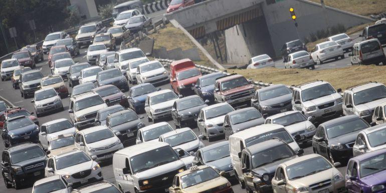 Tres de cada 10 autos del padrón vehicular de Jalisco presenta adeudos