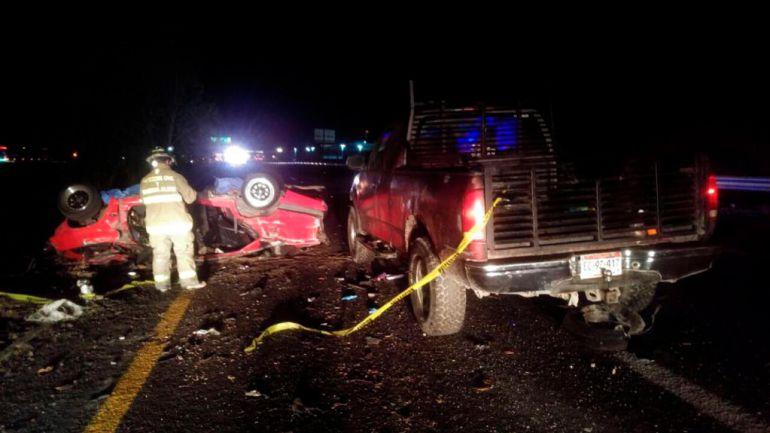 Un muerto y cuatro lesionados dejó un accidente en Encarnación de Díaz