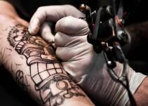Verifica la Coprisjal centros de tatuaje en el Estado
