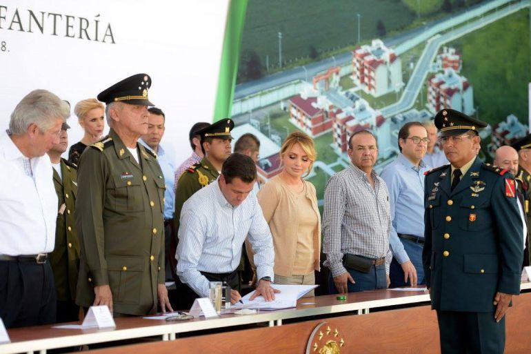 Perdonar a criminales, traición a México: Peña