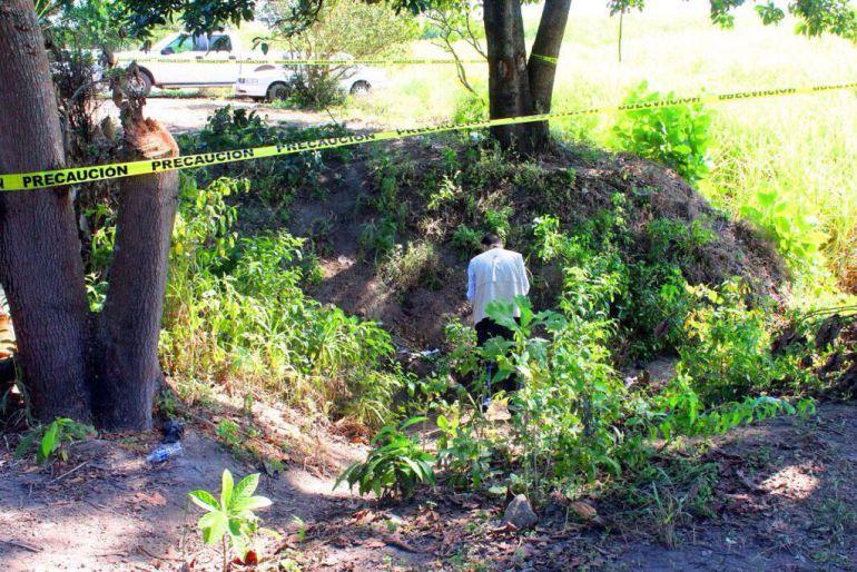 Incrementa el número de cuerpos exhumados en fosas de Nayarit