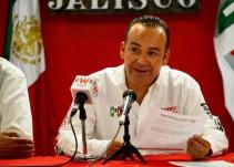 No seré el último en renunciar a mis intereses por el bien del partido: Sergio Chávez