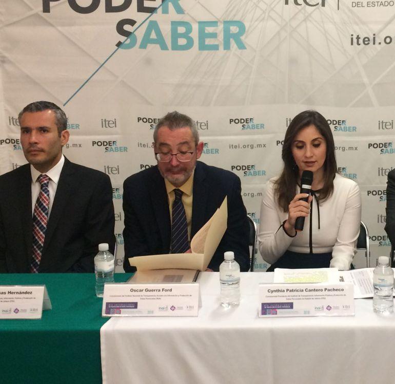 INAI inicia investigación por irregularidades con datos personales durante la recolección de firmas