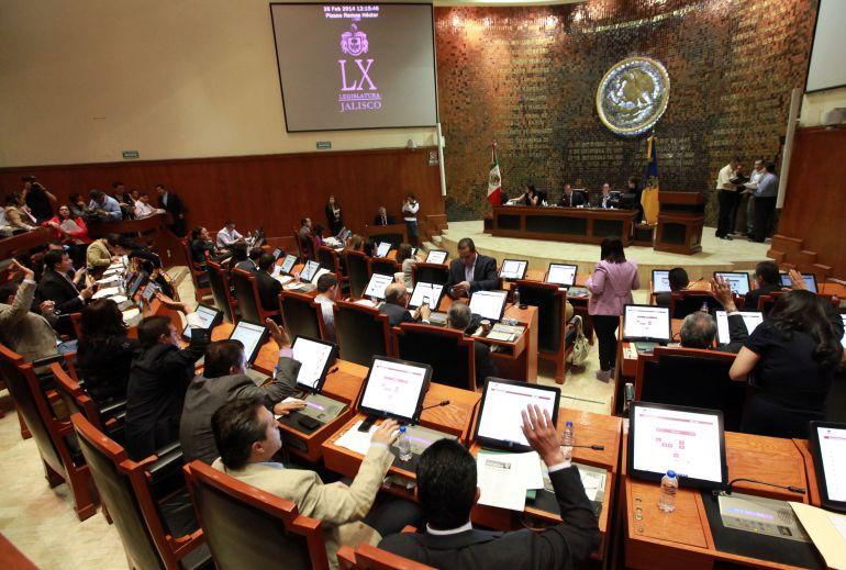 CEDHJ emite medidas por aspirante a magistrada, cuestionada por su estado civil