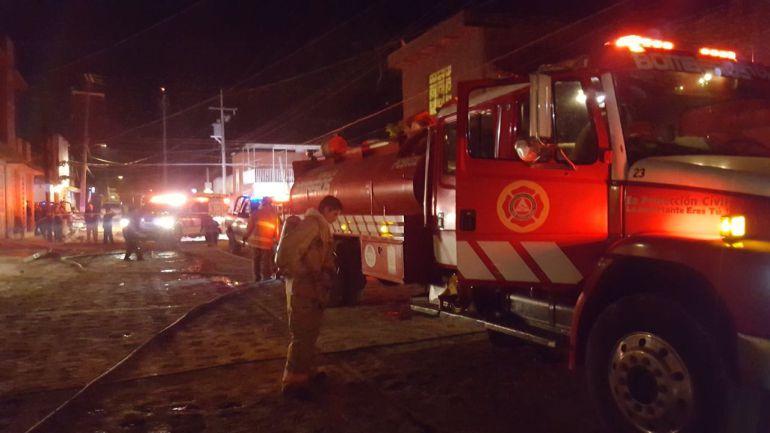 Por fuga de gas se incendia casa en Tonalá