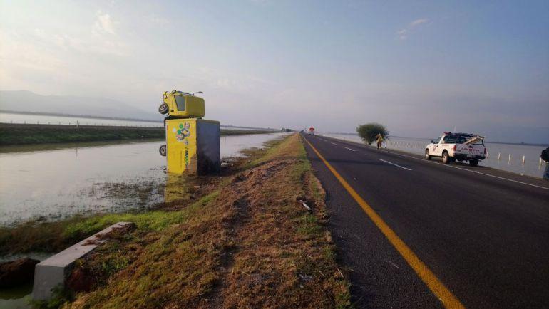 Cierran autopista Guadalajara –Colima por tolvaneras
