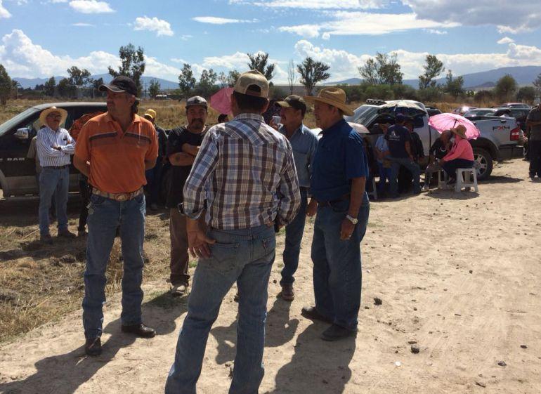 Clausuran más de 20 hectáreas del ejido El Zapote