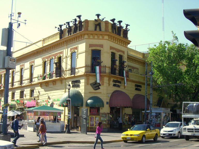 Suspenden obras de remodelación en Plaza de Los Mariachis