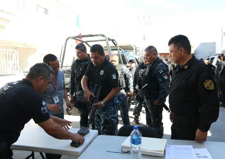 Reprueban exámenes de confianza 125 policías de Tlaquepaque