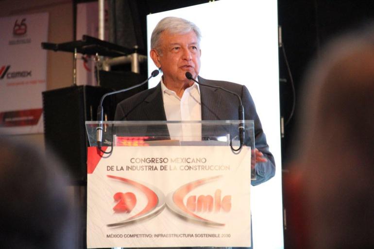 AMLO propone 15 técnicos para revisar el proyecto del Aeropuerto de la CDMX