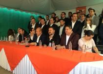 Enrique Alfaro presenta a su equipo de campaña