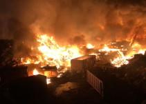 Se registra fuerte incendio en Tlaquepaque