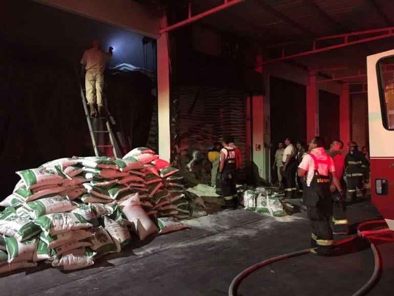 Se incendia bodega en Guadalajara