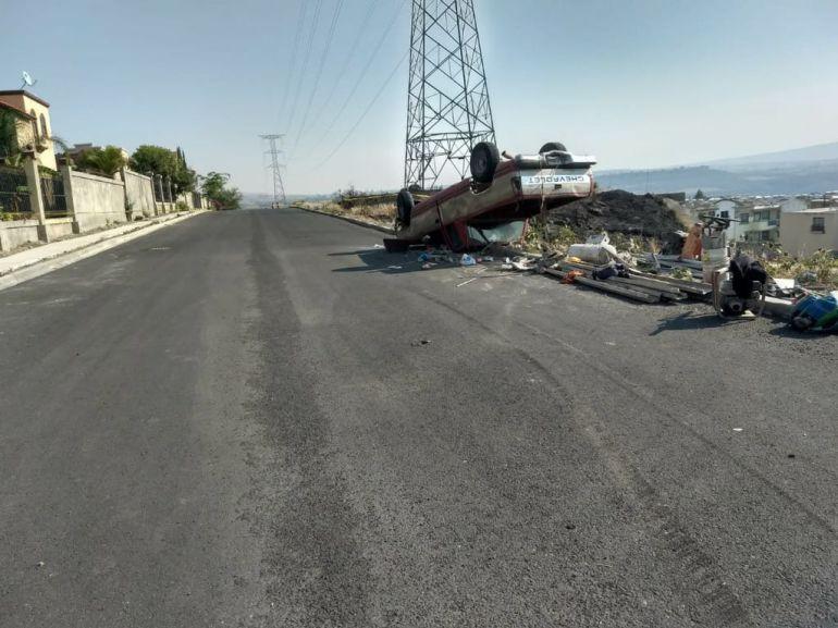 Vuelca camioneta en Tonalá; hay dos lesionados