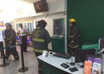 Rocían a cuentahabientes con gasolina para asaltar banco en GDL
