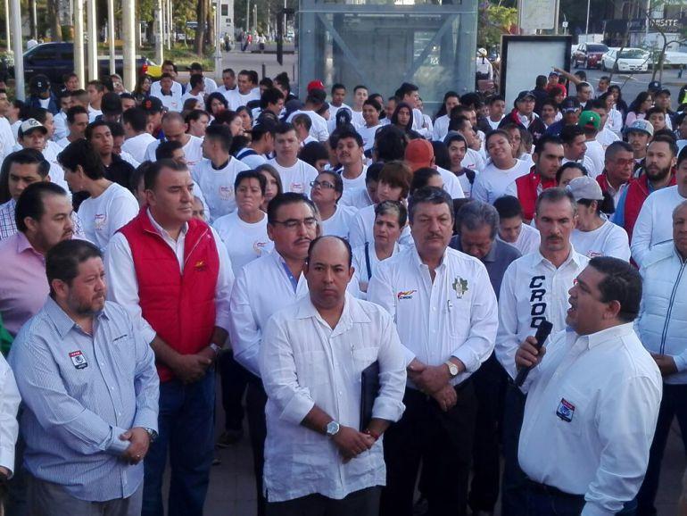 Trabajadores de la CROM piden mejoras al salario