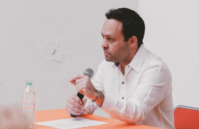 Cuestiona Clemente Castañeda al actual gestión del Senado