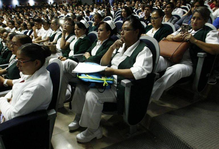 Tenemos déficit de enfermeras y enfermeros en Jalisco: Aristóteles Sandoval