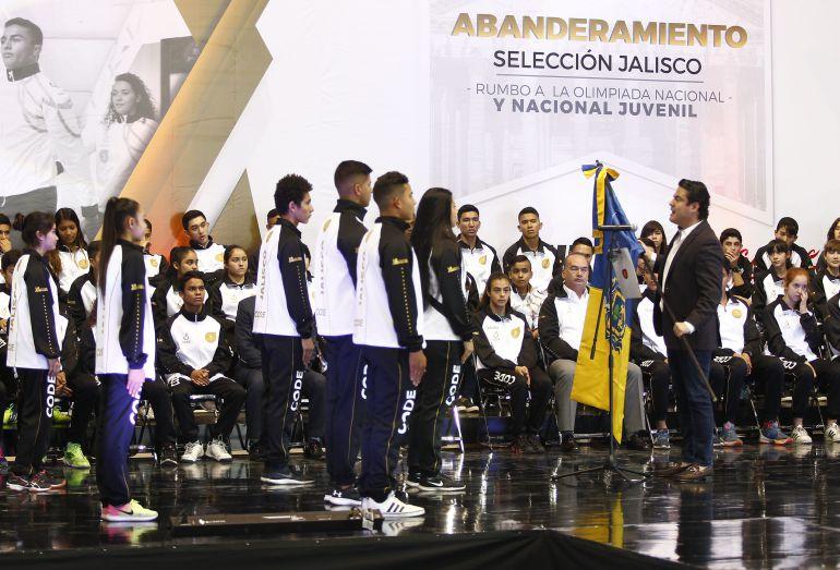 Reconoce Aristóteles a deportistas jaliscienses que participarán en Olimpiada Nacional
