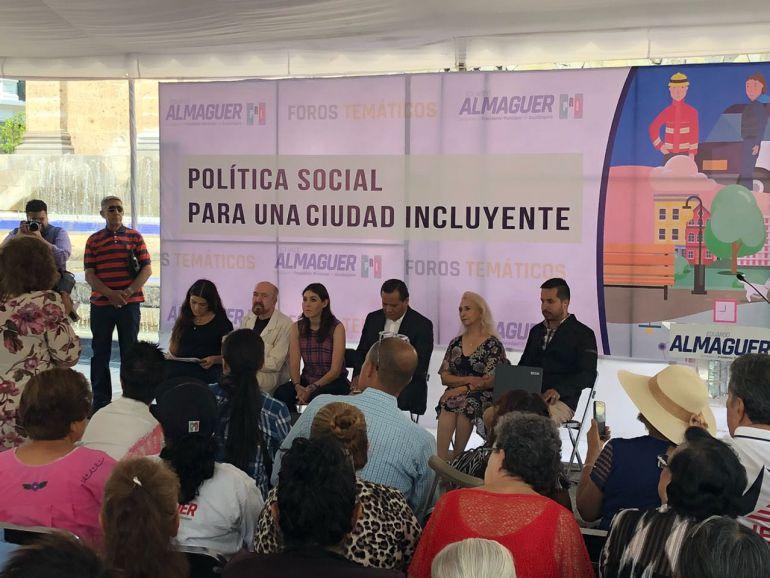 Almaguer promete infraestructura para discapacitados y apoyo a adultos mayores