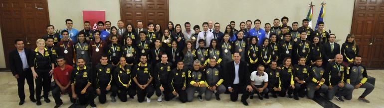 Reconocen a jaliscienses medallistas en la Universiada 2018