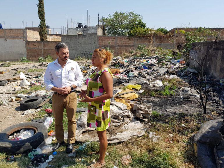 Bañales propone mejorar los servicios básicos de Tonalá