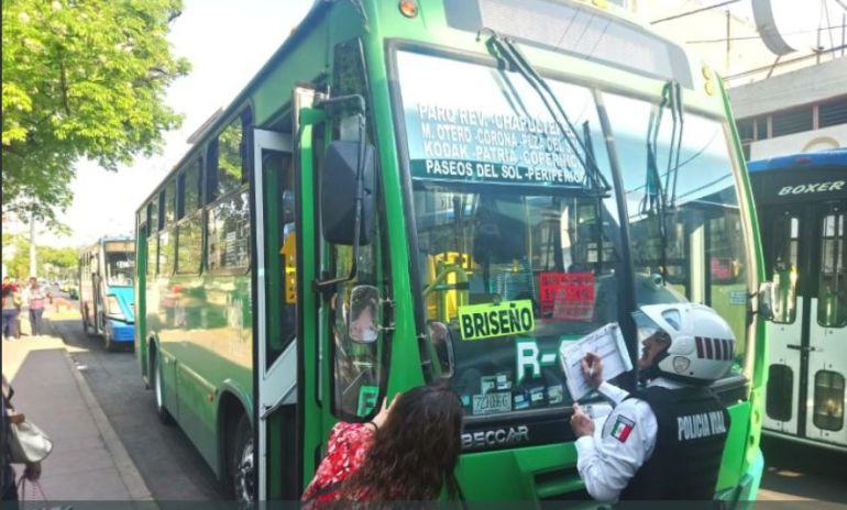 La ruta 626 seguirá cobrando 9 pesos; transportistas tienen un amparo