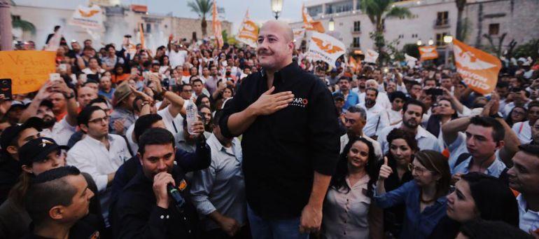 Asesinan a familiar político de Enrique Alfaro