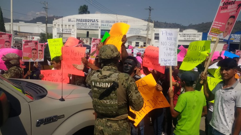 Elementos de la Marina terminan manifestación en contra con balazos