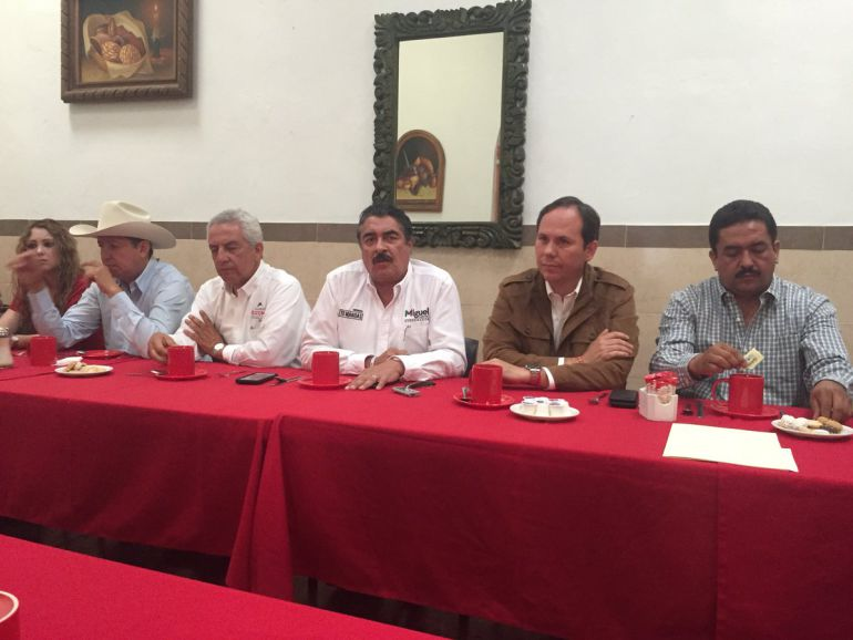 Causan daños a las instalaciones del PRI en Zapotlán el Grande