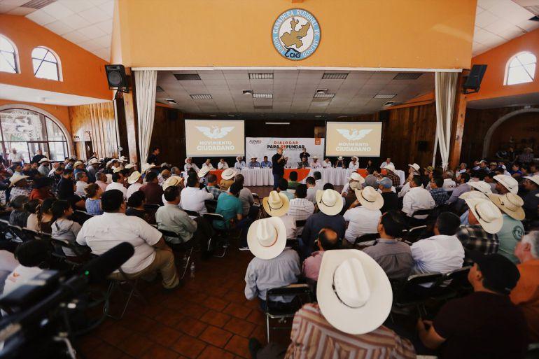 Promete Alfaro tomar en cuenta a sectores ganadero y agropecuario