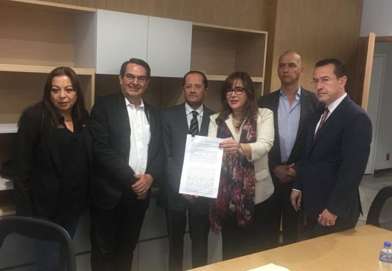 MORENA presenta denuncias contra Enrique Alfaro y Pablo Lemus: Morena presentó denuncias por irregularidades en las cuentas públicas de Lemus y Alfaro