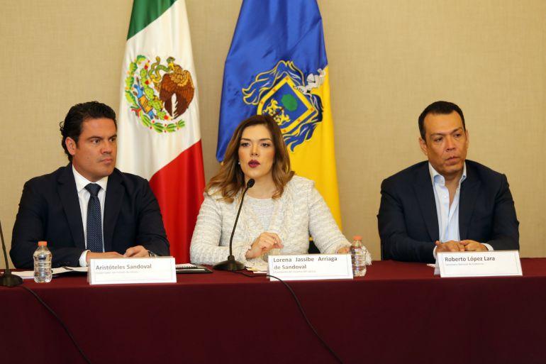 Aristóteles Sandoval reconoce trabajo del DIF Jalisco