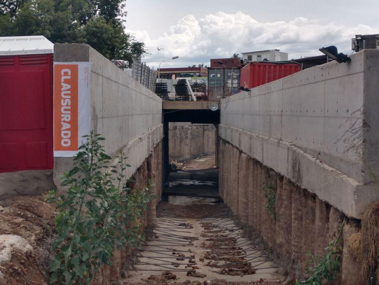 Rechazan suspender obras de L3 pese a inundaciones provocadas