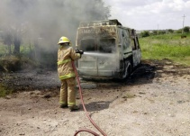 Localizan ambulancia de Zacatecas incendiada en Jalisco