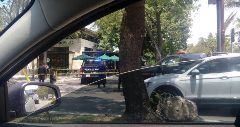 Raptan a un hombre dentro de una cafetería en Zapopan