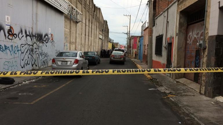 Adolescente muere atropellado por un policía en Guadalajara