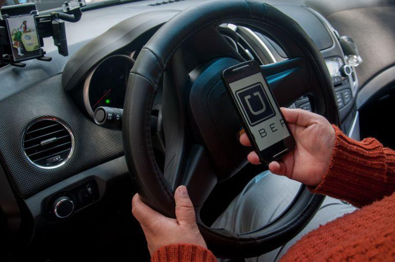 SEMOV permitirá a Uber laborar sin registro, si inician el trámite