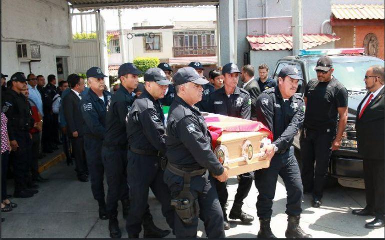 Familiares despiden a Omar Hernández