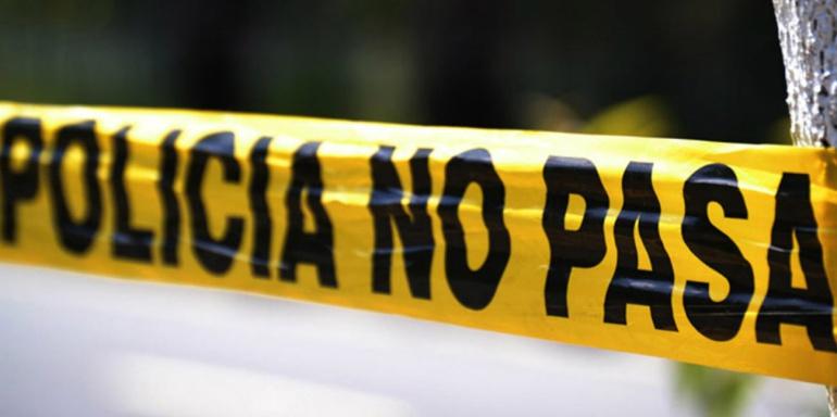 Asesinan a un hombre afuera de la Tucson