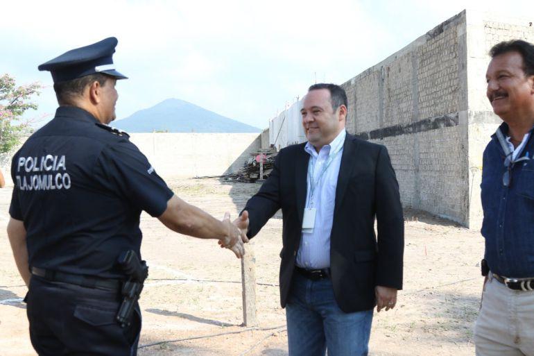 Uribe Camacho niega descuido de los elementos policiacos tras robo de patrulla