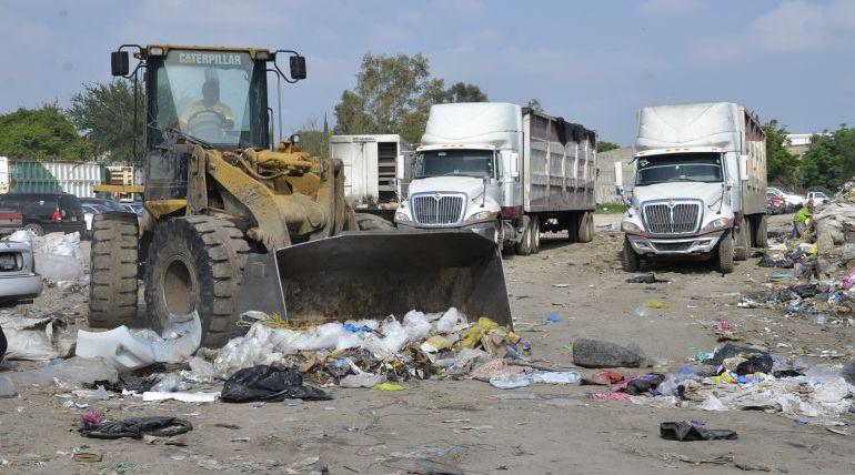 Sigue sin pasar el camión recolector en Zapopan