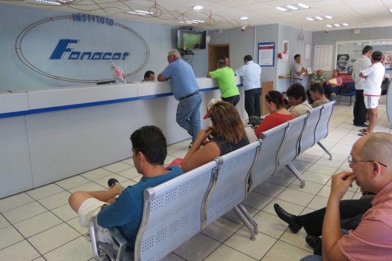 Hasta con 400 mil pesos multarían a empresas por no afiliarse a FONACOT